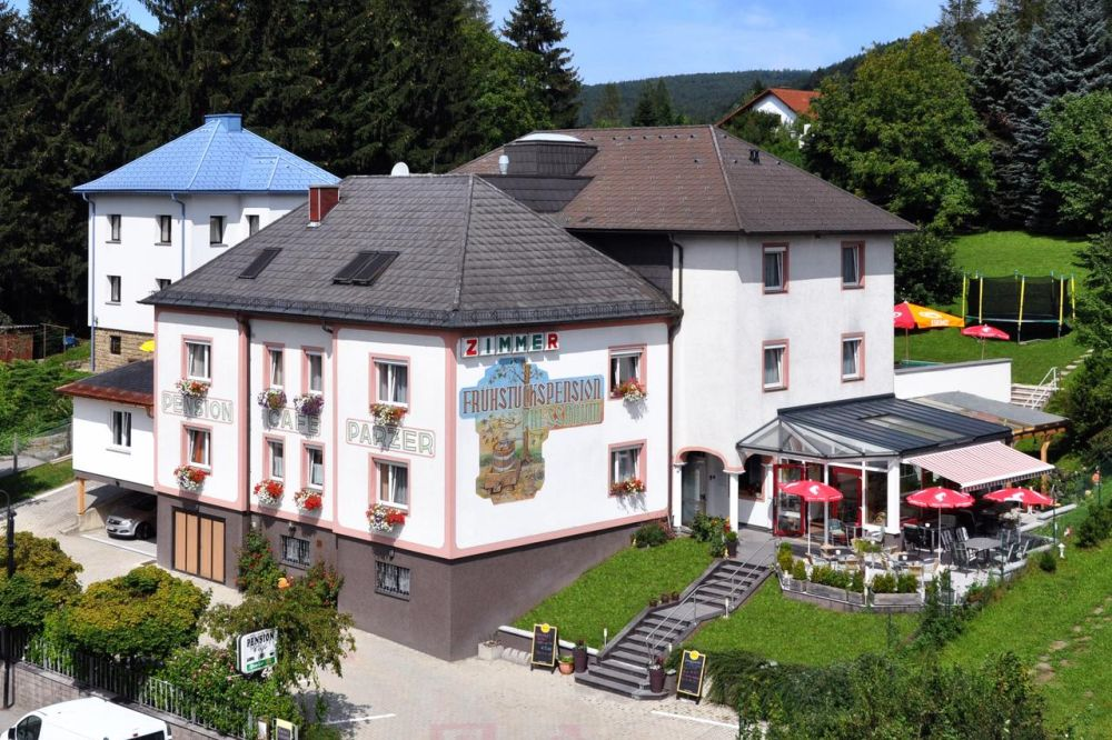Cafe-Pension Familie Parzer - Pressbaum - Wienerwald Thermenregion